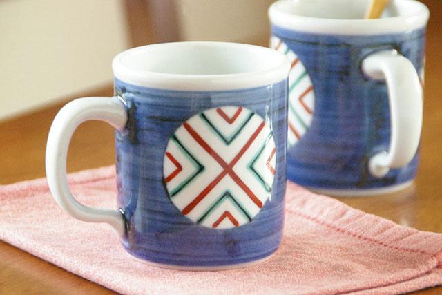 【砥部焼 梅山窯】丸ぬきの切立マグカップ
