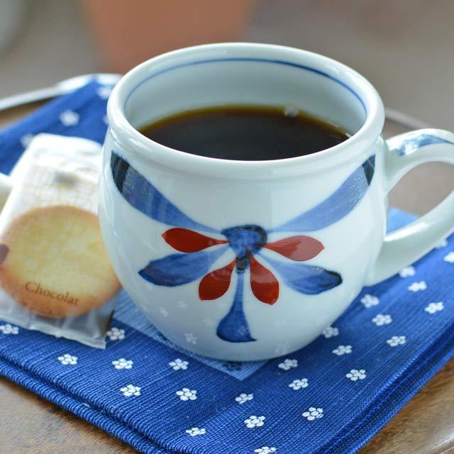 和食器・砥部焼 ごす赤菊の丸ミルクカップ