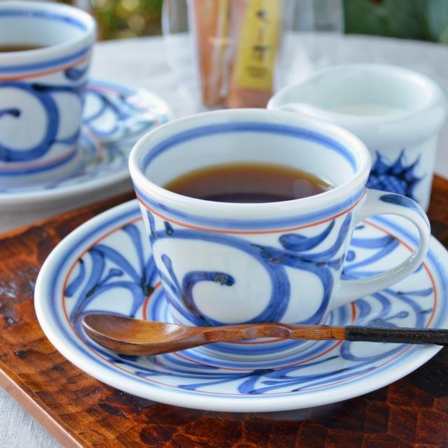 和食器・砥部焼 赤線からくさのコーヒーカップ