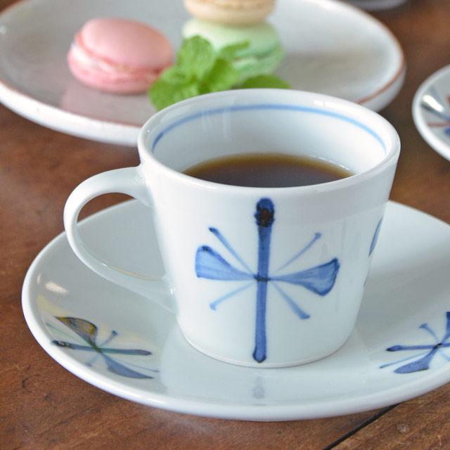 和食器・砥部焼 ごす蝶文のコーヒーカップ