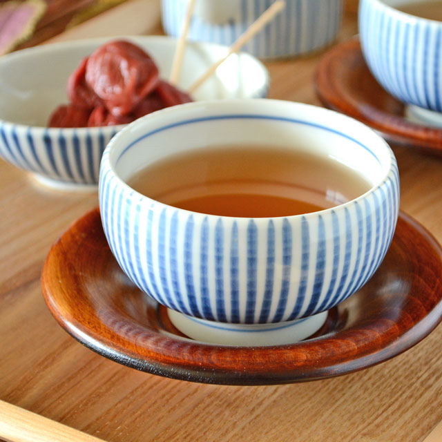和食器・砥部焼 とくさ柄の手引丸湯呑