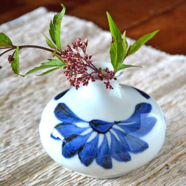 和食器・砥部焼 ごす菊の壺花入れ
