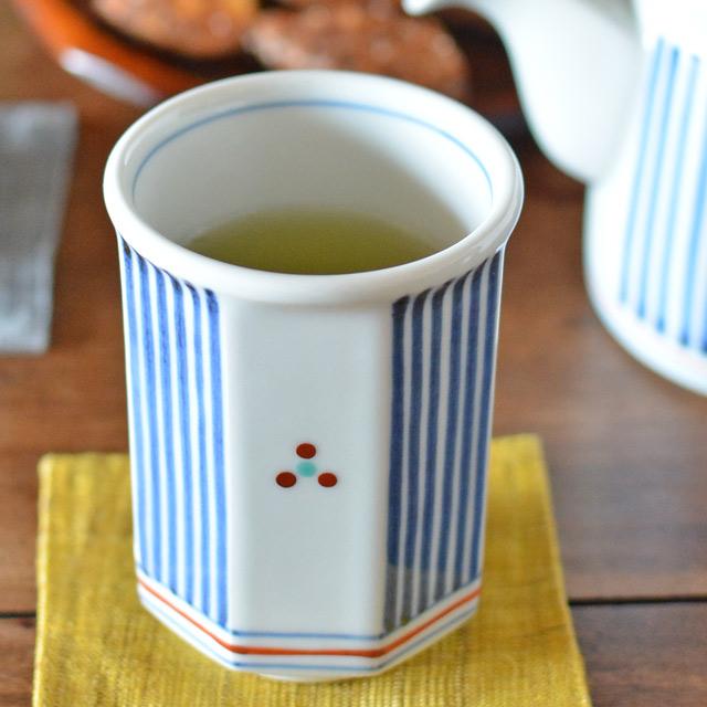 和食器・砥部焼 とくさみつ紋の八角湯呑(中)