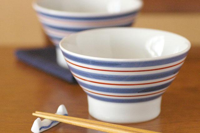 和食器・砥部焼 あい赤ラインの茶碗