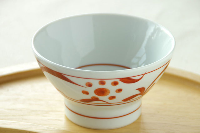 【砥部焼 梅山窯】赤太陽の茶碗(小)