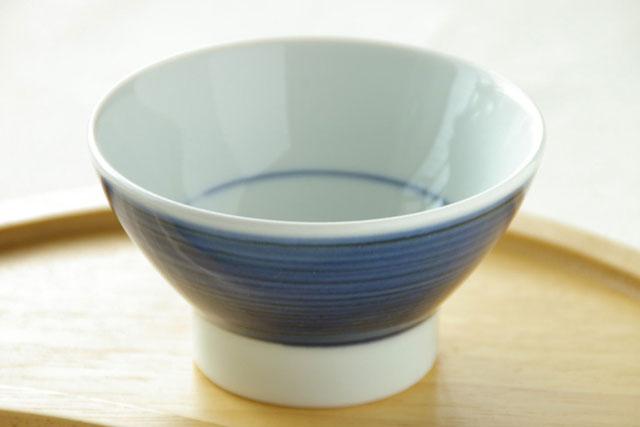 【砥部焼 梅山窯】藍色の茶碗(小)