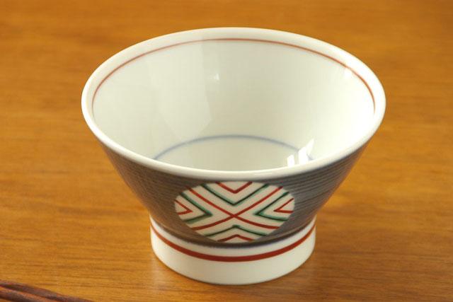【砥部焼 梅山窯】丸ぬきの茶碗(小)