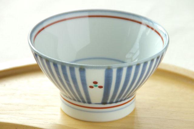 【砥部焼 梅山窯】とくさみつ紋の茶碗(小)