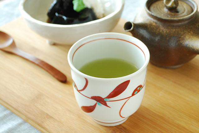 和食器・砥部焼 赤笹の湯呑