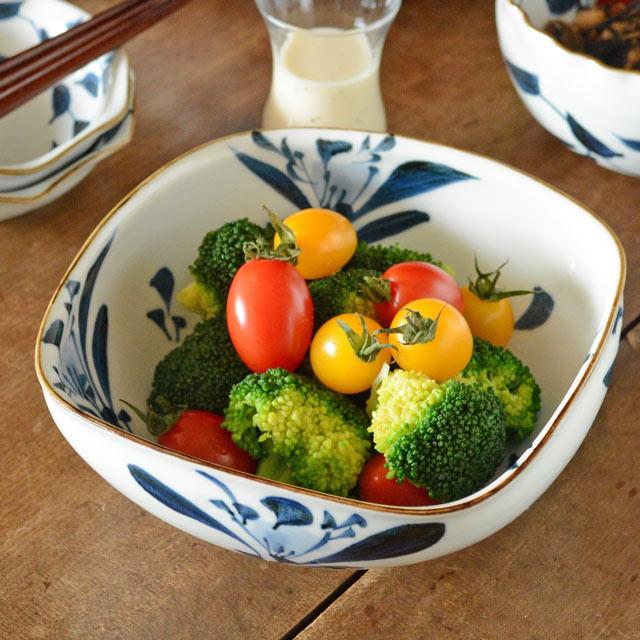 和食器・砥部焼 ごす花の角ボール(6寸)