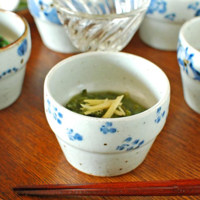 和食器・砥部焼 小花の段付カップ