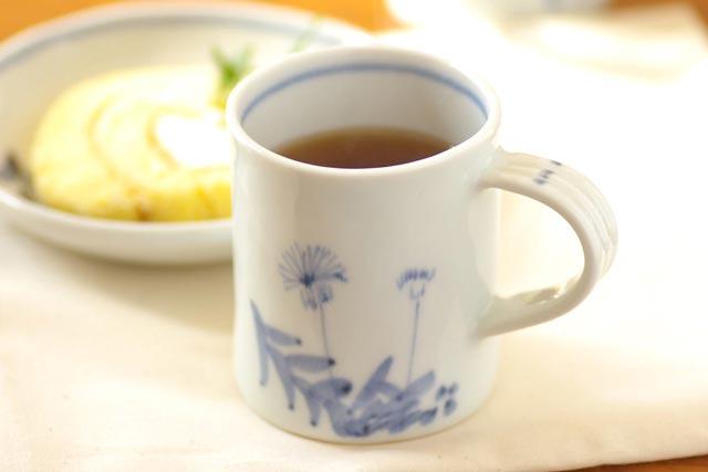 【砥部焼 森陶房】たんぽぽのマグカップ