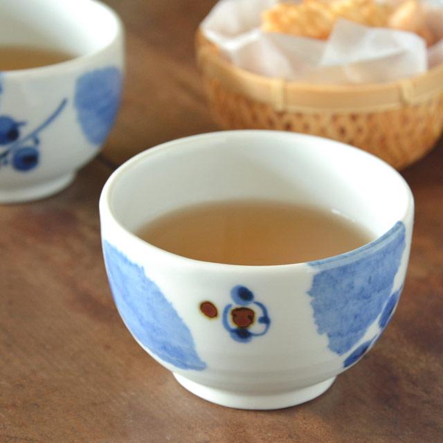 和食器・砥部焼 ブルー木の葉の湯呑