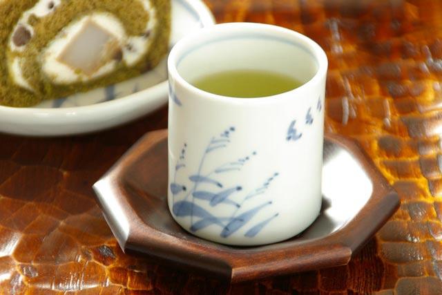 【砥部焼 森陶房】すすきの筒湯のみ(小)