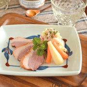 和食器・砥部焼 みつ葉の角皿(5.5寸)