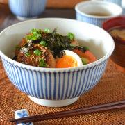 和食器・砥部焼 とくさ柄の丼鉢(5.2寸)