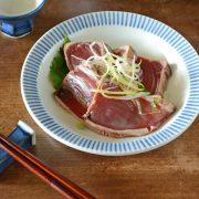 和食器・砥部焼 とくさ柄の縁付深皿(5寸)
