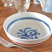 和食器・砥部焼 赤線底唐草の平鉢(6寸)