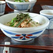 和食器・砥部焼 ごす赤菊の玉ぶち鉢(6寸)