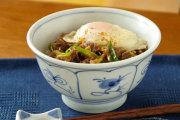 【砥部焼 梅山窯】なずなの丼鉢(5.2寸)