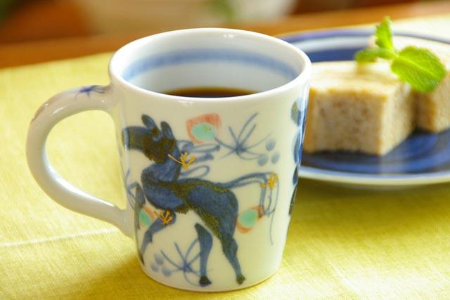 【砥部焼 西岡工房】うまのマグカップ