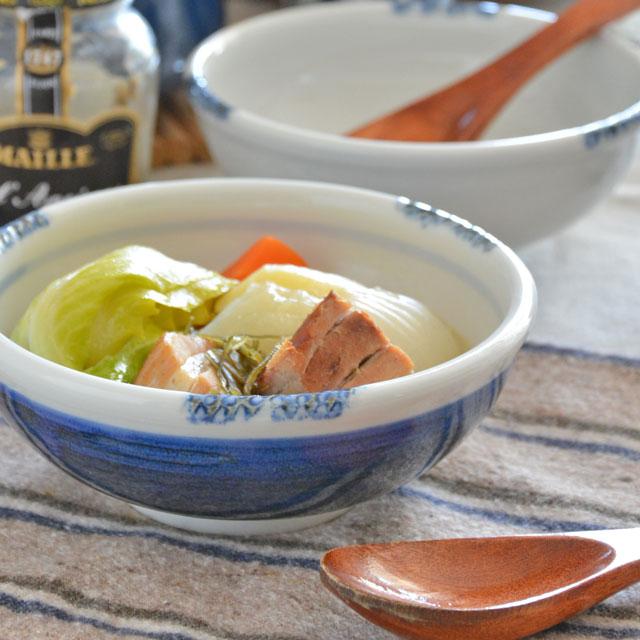 和食器・砥部焼 青いギザギザ鉢(5寸)