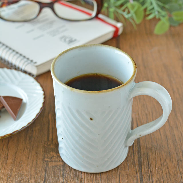 和食器・砥部焼 皐月窯のマグカップ