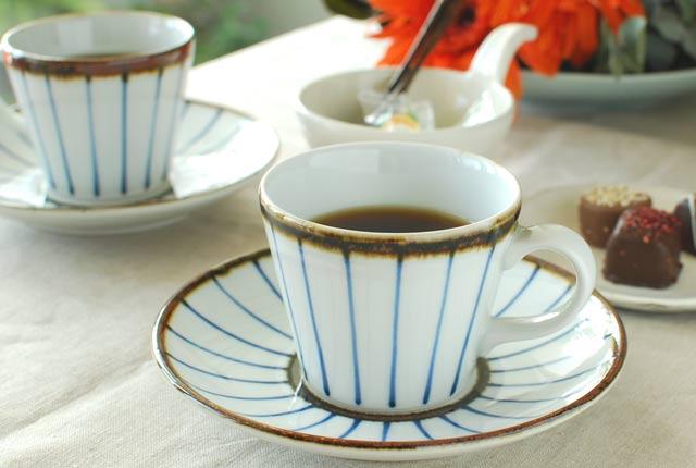 和食器・砥部焼 縁紅のコーヒーカップ