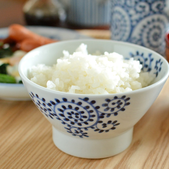和食器・砥部焼 蛸唐草のくらわんか茶碗(大)