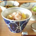 和食器・砥部焼 染付花の小鉢(大)