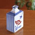【イチオシ限定品】平角花瓶(小) とくさ花文 *現在再入荷の予定はございません
