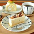 和食器・砥部焼 青線の丸平皿(5.5寸)