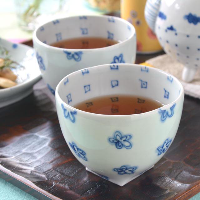 和食器・砥部焼 花柄のフリーカップ