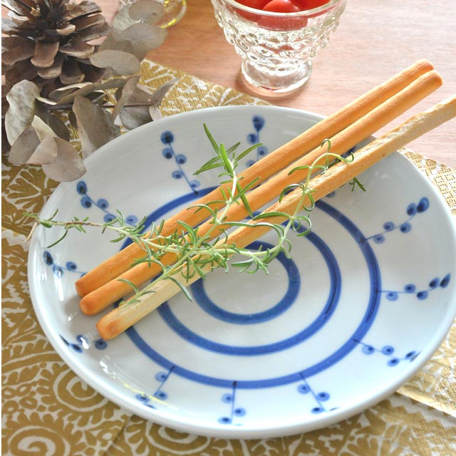 和食器・砥部焼 キノミナノの丸皿(7寸)