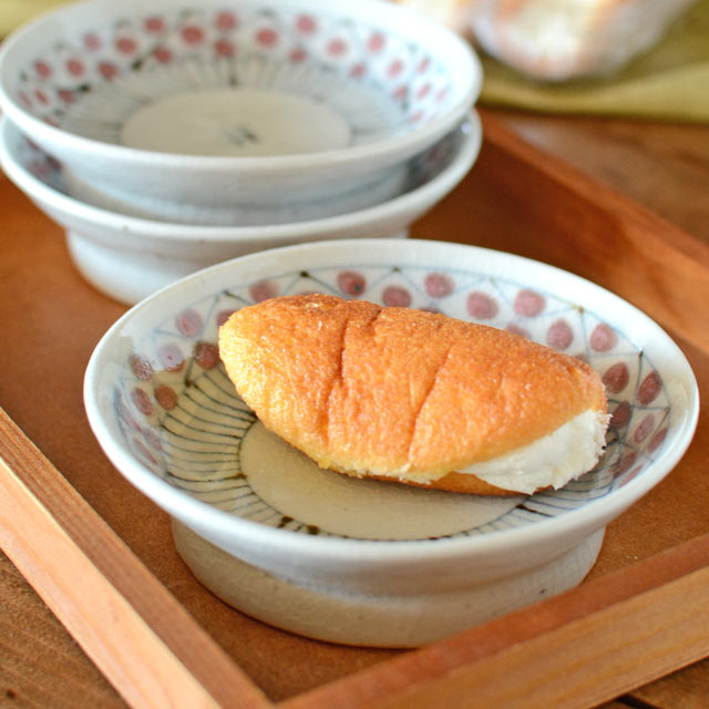 和食器・砥部焼 花垣文の古砥部小皿(3.5寸)