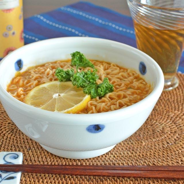和食器・砥部焼 水玉もようの丼鉢(小)
