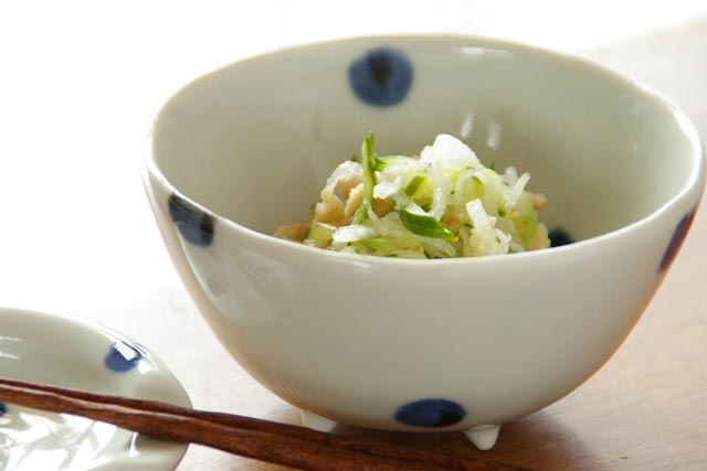 【砥部焼 梅乃瀬窯】水玉のコロコロ鉢(小)