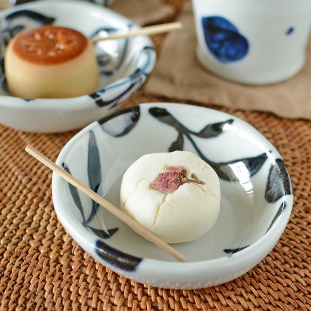 和食器・砥部焼 三つ葉の浅小鉢