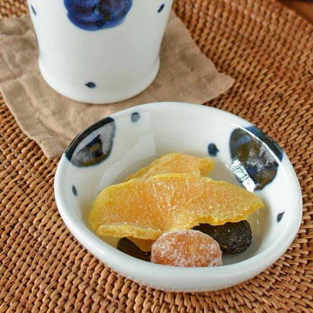 和食器・砥部焼 梅文の深小皿