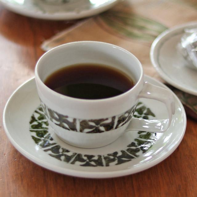 和食器・砥部焼 和紋のコーヒーカップ