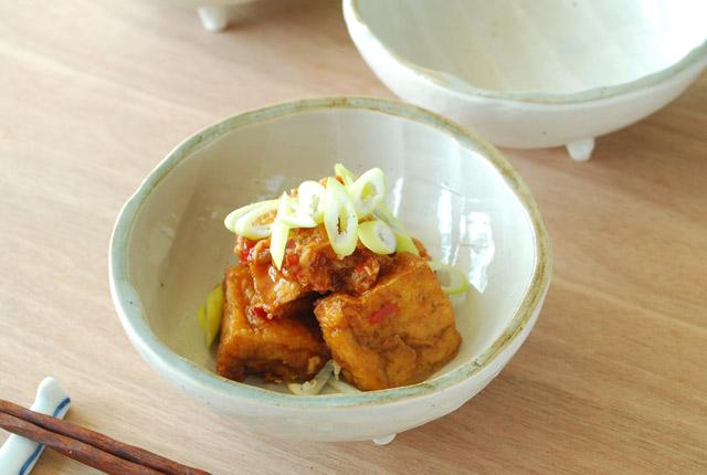 和食器・砥部焼 しのぎ足つき鉢