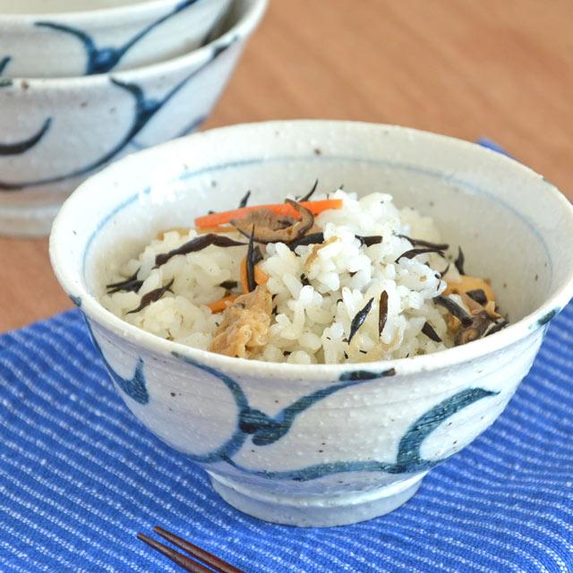 和食器・砥部焼 ごす唐草の茶碗