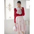ときめきが詰まった花ししゅうスカート■ピンク着用