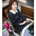 きちんとお嬢様見え襟付きベル袖ポンチワンピース 堀田茜さんはブラックを着用