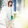 品格と可憐な魅力ファンタスティックフラワー×シアーチェックスカート 宮田聡子さんはイエローを着用