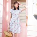 女度高めフラワープリントストレッチジャガードワンピース 宮田聡子さんはミントを着用