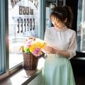 日常を上質に演出する総レースブラウスtocco closet(トッコクローゼット) Collection 泉里香さんはオフホワイト着用 《Flower & Lace Fair》