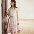 華麗に揺れる、春めくレディのボタニカルフラワープリントリバーシブルスカート tocco closet(トッコクローゼット) Collection ≪@ribbonjourさんコラボ≫