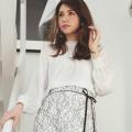 フラワーラインシャーリングブラウス※美香さんはオフホワイト着用≪tocco closet luxe≫