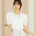 エレガントSTYLEを更新するパール装飾パワーショルダーTシャツ※愛甲千笑美さんはホワイト着用≪tocco closet luxe≫